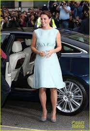 best ideas about kate middleton bikini julie kate middleton swimsuit kate middleton baby bump at the art room reception