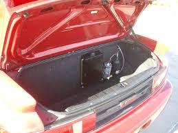 File:Toyota mr2 sw20 trunk rear.jpg - Wikimedia Commons