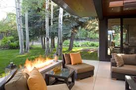 Raised Ranch Living Room Decorating Outdoor Living Room With Fireplace Decor Materiales De