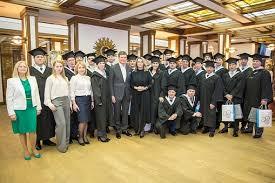 Специалисты ОМК защитили дипломы по специальной программе mba  Специалисты ОМК защитили дипломы по специальной программе mba