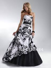 wedding dresses black and white reference for wedding decoration