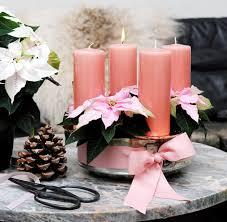Weihnachtsgesteck Mit Rosa Weihnachtsstern Blume Und Rosa