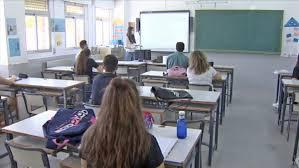Slittamenti riapertura scuole a settembre e linee guida: il caso Puglia