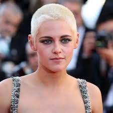 """Kristen Stewart Says She Felt """"Enormous ..."""