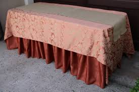 Table runners provide a terrific way to dress up a kitchen or dining room  table. Instead of covering the entire table, a table runner covers only the  ...