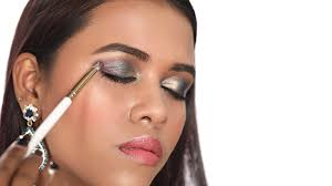easy eye makeup tricks for diwali