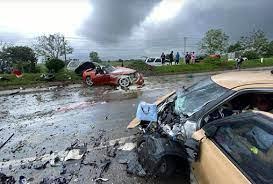 เพื่อนสนิทสาวชุดแดง เผยสถานะ นายสุรภักดิ์- เมษสวรรค์ ยุซิ่ง BMW ฝ่าฝนดับ