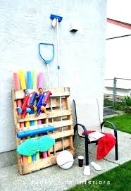 gallery of outdoor towel rack 45 diy pallet crafts to spiff up your entire cool simplistic 8