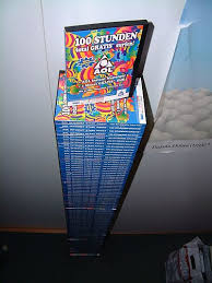 A collection of AOL CDs sent to a student dormitory in Germany       Wikiwand