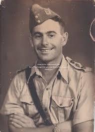PHOTOGRAPH: WW2 - Portrait of a British Captain - Egypt - Regiment TBD -  £8.99   PicClick UK