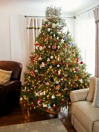 Living Room Decorating For Christmas Cool Tips On Decorating A Christmas Tree Near Fire Place With Red