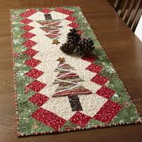 Christmas Table Runner Patterns Inspiration Table Tinsel Free Table Runner Quilt Pattern The Quilting Company