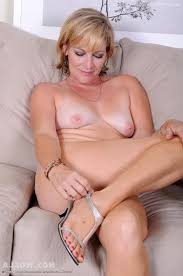 Mature Naked Women Over 40