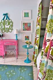 Small Girls Bedroom 17 Best Ideas About Small Girls Bedrooms On Pinterest Small Room