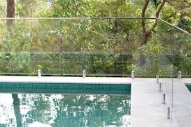 frameless pool fence barade with top capping