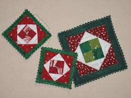 Quilted Christmas Ornament Patterns: Deck Your Tree & Ridiculously Tiny Ornament Adamdwight.com
