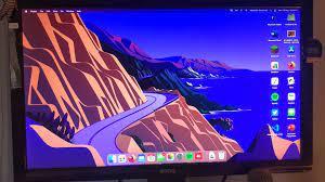 Desktop background resets on restart ...
