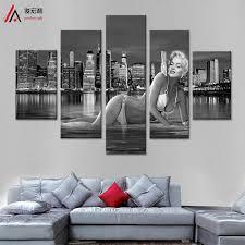 Marilyn Monroe Bedroom Theme  Decorate Marilyn Monroe Bedroom Marilyn Monroe Living Room Decor