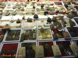 discovering lucky buddhist amulets in thailand lucky amulets for at bangkok s uchak weekend market