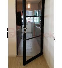 aluminium swing door