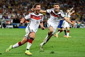 Mittelfeld ⬢ nationalmannschaft ⬢ länderspiele: Wm 2014 Sieg Im Finale Gegen Argentinien Traumtor Von Mario Gotze Macht Deutschland Zum Weltmeister Sport Tagesspiegel