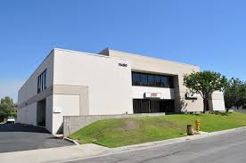 an approximate 12 795 sf industrial flex office r d building the building features include 11 700 sf office are owner may demo offices to suit