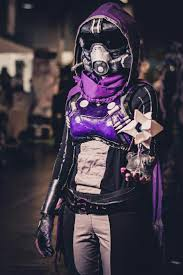 Pin by Kara Griffith on Destiny hunter ideas | Destiny hunter cosplay,  Destiny cosplay, Destiny costume