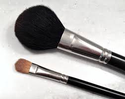 update i now use diffe makeup brushes with super short handles but i still clean them the same way i shared more about those brushes in this post