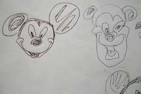 ミッキーマウスの描き方を英語で解説している動画 子どもの英語