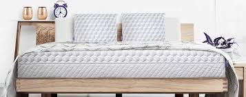 pillow top mattress vs memory foam. Simple Memory Memory Foam Vs Pillow Top Mattresses Which Provides The Ultimate In  Comfort In Mattress Vs