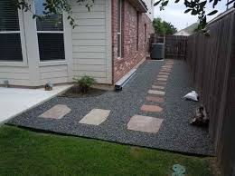 Simple Backyard Landscape Design Stagger Best 25 Cheap Landscaping Ideas On  Pinterest 1