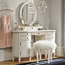 12 Ultra-Glamorous White & Mirrored Vanities