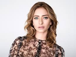 Fluent in french, she majored in international studies at southern methodist university. Whitney Wolfe Herd S Net Worth And Career Ahead Of Bumble S Ipo