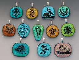 laser etched dichroic fused glass pendants by mary kim hanson