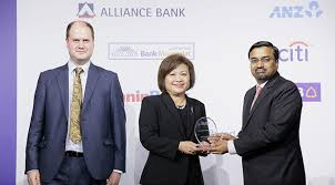 retail banker rhb bank bags excellence in sme banking for second straight year