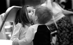 picture kids kissing picture