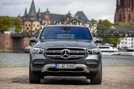 Den første utgaven hadde en elektrisk rekkevidde på opptil 34 kilometer etter nedc. 2020 Mercedes Benz Glc 350e 4matic Plug In Hybrid German Suv With 315 Hp Dlmag
