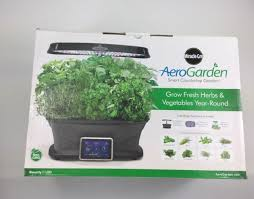miracle gro aerogarden ultra led with gourmet herb seed pod kit 903110