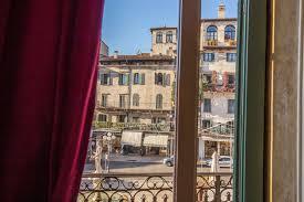 One Bedroom Balcony Suite Fontana One Bedroom Suite With Balcony Corte Realdi Suites