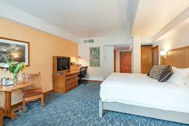 exterior featured image guestroom