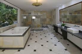 Projeto de suíte com closet entre o quarto e banheiro. Penthouse Suite Deluxe Com Banheira Hidromassagem Casas De Huespedes En Renta En Cosme Velho Rio De Janeiro Brasil