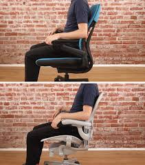 two looping s showing how the gesture and aeron office chairs move when leaned back