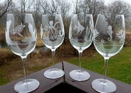 monogrammed wine glasses for anniversary