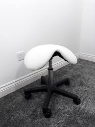 white rolling chair. Therapists Hairdressers Saddle Stool Massage Therapy Gas Lift Rolling Chair Wheels White 9