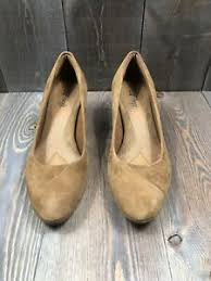 Details About Eurosoft By Sofft Womans Size 8 5m Tan Suede Leather Stacked Heel Pumps Euc