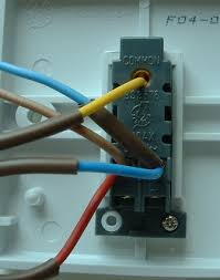 three way light switching light fitting two way switch wires