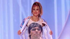 นางงามอาร์เจนตินาโชว์ชุดประจำชาติรำลึก มาราโดนา บนเวทีระดับโลก (มีคลิป) -  ข่าวสด