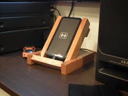 custom fit leaning wooden stand