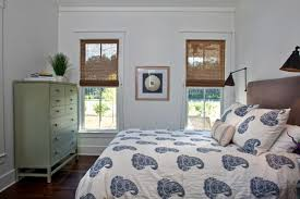Paisley Bedroom See How This Dairy Farm Bathhouse Makes Extra Space For Guests