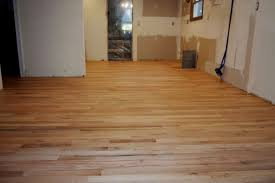 how much does wood flooring cost per square